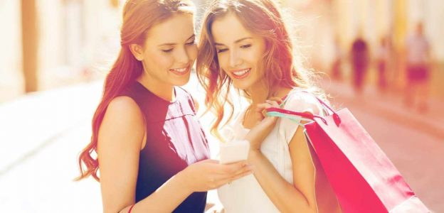 Top 13 Best Shopping Apps For Women To Buy Fashionable Clothes In 2021