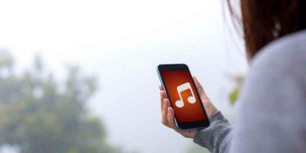 Best Lyrics Apps for Music Lovers in 2021